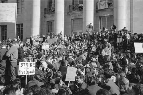 Strikers on Sproul Steps Credit: Courtesy of UC Berkeley, The Bancroft Library