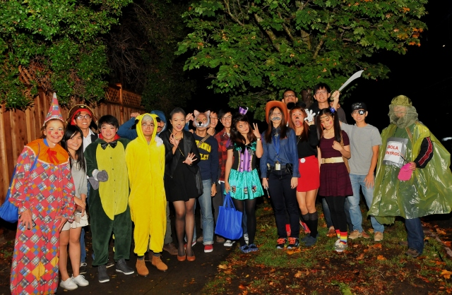 "Celeste Lane (from Engineering) and Susan Gieseceke took a busload of IHouse engineering students from Singapore out ""trick or treating"" Friday night for their first time."