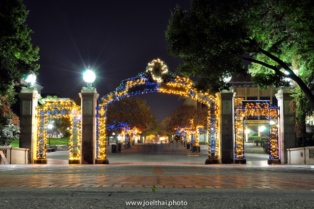 Blue & Gold Sather Gate. Click to enlarge. http://joelthai.photo