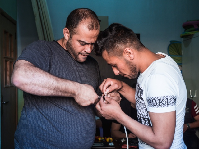 Empowering refugees through hands-on education